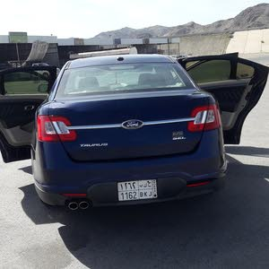 Ford Taurus 2011 For sale - Blue color