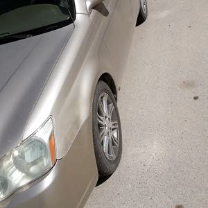 For sale 2006 Gold Avalon