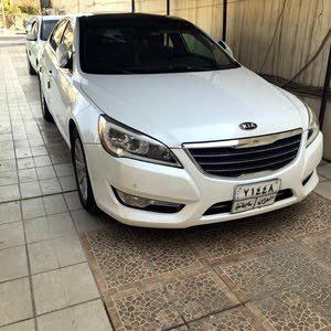 Gasoline Fuel/Power   Kia Cadenza 2011