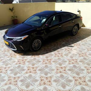 Maroon Toyota Avalon 2016 for sale