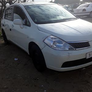 Manual White Nissan 2008 for sale