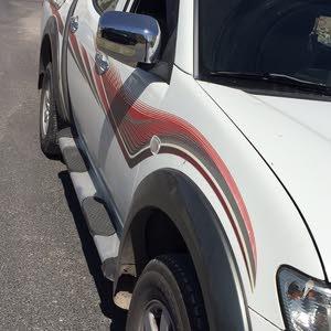 Mitsubishi L200 2011 For sale - White color