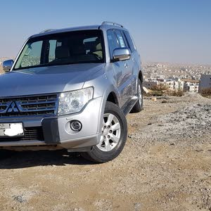 Used condition Mitsubishi Pajero 2010 with 130,000 - 139,999 km mileage