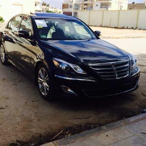 Used condition Hyundai Genesis 2013 with 40,000 - 49,999 km mileage