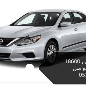 For sale Nissan Altima car in Abu Dhabi