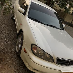 White Nissan Maxima 2003 for sale