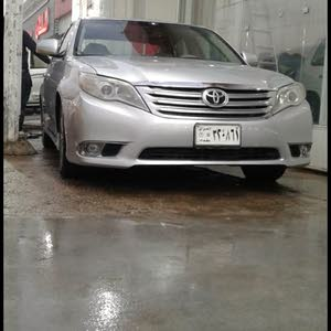 Used condition Toyota Avalon 2011 with  km mileage