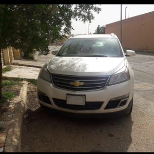 Chevrolet Traverse 2014 For sale - Silver color