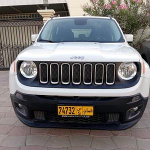 White Jeep Renegade 2016 for sale