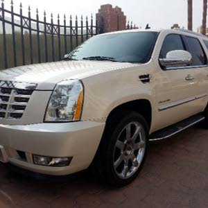 Cadillac 2013 for sale -  - Kuwait City city