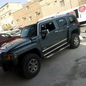 Hummer H3 car is available for sale, the car is in Used condition