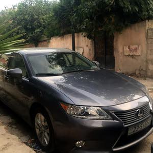 Lexus ES 2013 For sale - Grey color