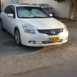 10,000 - 19,999 km Nissan Altima 2011 for sale
