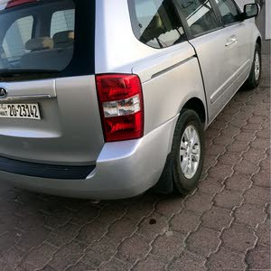 Kia Carnival car for sale 2012 in Kuwait City city