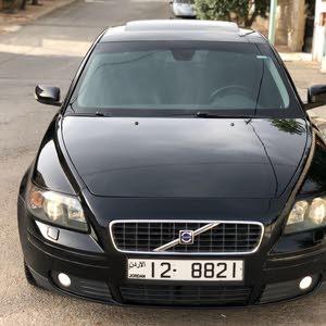 فولفو s40 بحالة ممتازة 2007