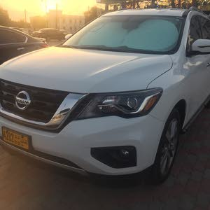 For sale 2017 White Pathfinder