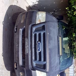 Used condition Ford F-150 2005 with 1 - 9,999 km mileage