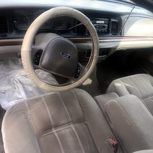 Automatic Gold Ford 2004 for sale