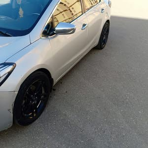 For sale Kia Cerato car in Giza
