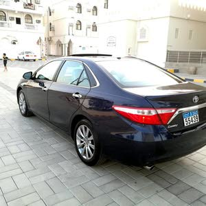 Automatic Toyota 2017 for sale - Used - Al Khaboura city