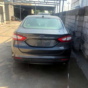 Automatic Grey Ford 2016 for sale