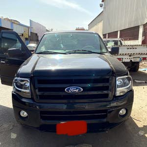 Ford Expedition in Black color