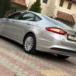 Available for sale!  km mileage Ford Fusion 2016