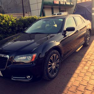 Used condition Chrysler 300C 2014 with 30,000 - 39,999 km mileage