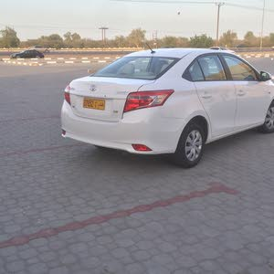 Used condition Toyota Yaris 2014 with  km mileage