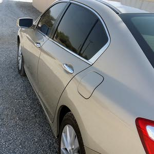Gold Honda Accord 2013 for sale