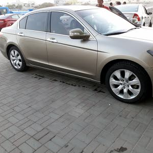 Honda Accord 2010 For sale - Gold color