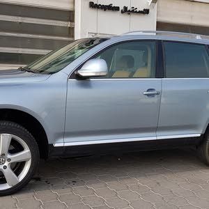 Volkswagen Touareg 2009 For sale - Blue color
