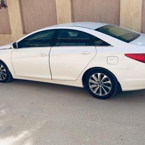 Used condition Hyundai Sonata 2014 with 140,000 - 149,999 km mileage