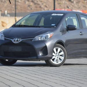 Toyota Yaris 2017 For sale - Brown color