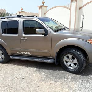 Used condition Nissan Pathfinder 2005 with 10,000 - 19,999 km mileage