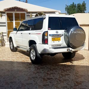 Used condition Nissan Patrol 2005 with 1 - 9,999 km mileage