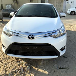 Toyota Yaris made in 2014 for sale