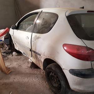 سيارة 206 حالة متوسطة للبيع