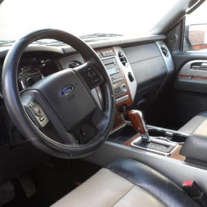 Used condition Ford Expedition 2008 with 170,000 - 179,999 km mileage