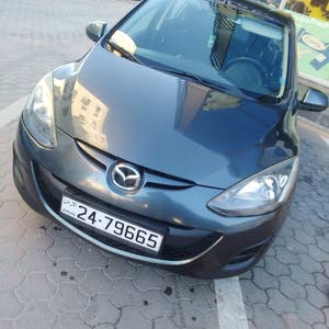 Mazda 2 2014 For sale - Grey color