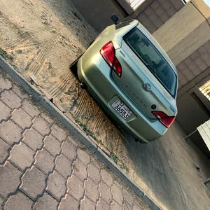 Toyota Avalon car for sale 2006 in Al Jahra city