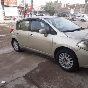 Automatic Beige Nissan 2007 for sale