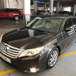 Toyota avalon limited model 2012