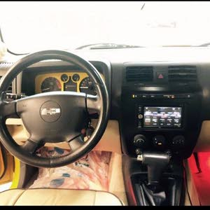 Hummer H3 2007 For sale - Yellow color
