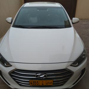 Automatic Hyundai 2018 for sale - Used - Seeb city