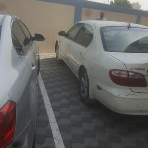 Automatic White Nissan 2003 for sale