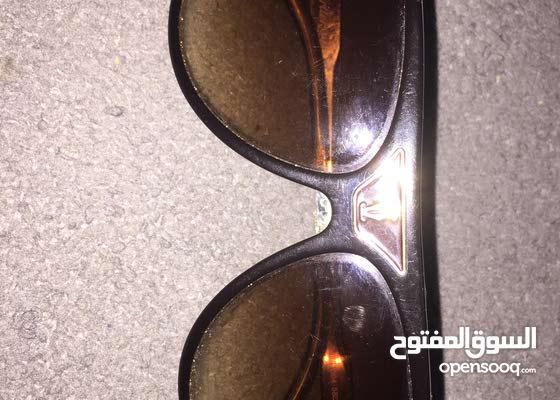 نظارة شمسية بنية
