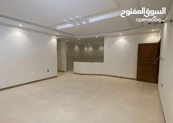 شقق جديدة للبيع 7 غرف 251م بـ 850 الف في حي المنار جدة