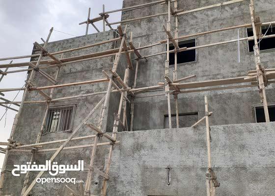 المعلم عبدالله ابو حسين لجميع أعمال المساح الداخليه والخارجيه ترميم منازل تكسير