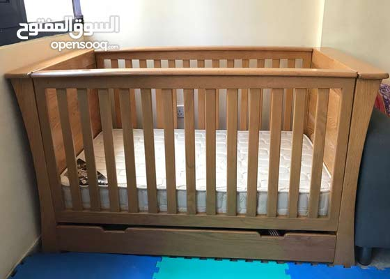 Baby Cot and Mattress with Storage space